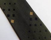 Vintage 60's Skinny Tie Necktie in Olive Green Silk with Black and Gold Embroidered Diamond Pattern yApre'