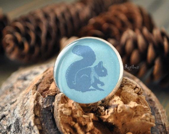 Squirrel brooch - animal brooch, winter blue brooch,  gift idea for her, for girlfriend, siberia animal, animal brooch  - made to order