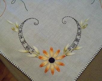 Harvest Stitchery on Vintage Linen Primitive Country