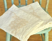 Vintage Battenburg Lace Pillow Shams Pair Set Zipper Closure Zip Up Ivory & Pale Peach Quilted Pillow Cases Cottage Shabby Style
