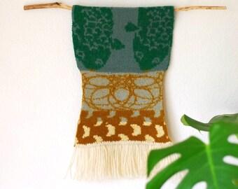 Gebreide muur opknoping MINIKOI, huisdecoratie, muur tapijt, wandversiering, groen, vissen, koi