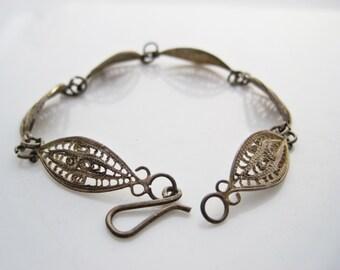 Art Deco Bracelet - Silver Filigree - Link Bracelet - Panel Bracelet - Vintage Jewelry