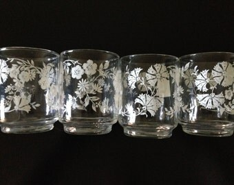 Vintage Clear White Flower Juice Glassware