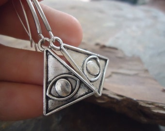 ILLUMINATI EYE omniscient triangular earrings (1763)