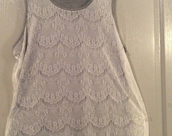 Lace overlay blouse slvless extra large white lace over gray long new without tags