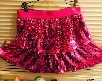 """Sequin skirt layered ruffled tiered/""""extra large"""" miniskirt/new without tags.  Mesh/lace trim/Waist 26""""/length 29""""/hips 33"""" unstretched"""