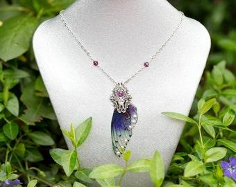 New! Sluah wing Necklace Silver