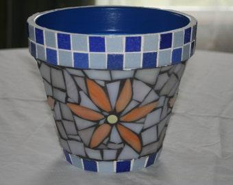 Garden mosaic flower pot