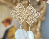 Crochet Goldfield Earrings with Nacre