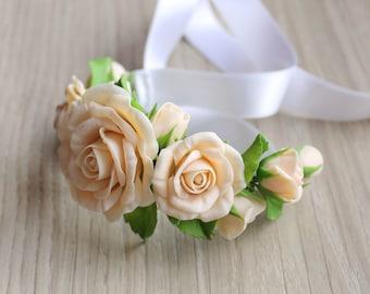 Flower bracelet, ivory roses bracelet, bridal bracelet, ivory flowers bracelet, wedding flower bracelet, polymer clay, cold porcelain