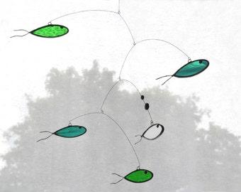 Suncatcher,Stained glass suncatcher,Fish suncatcher,Green mobile,Aqua mobile,Fish mobile,Nursery mobile,Kids room decor,En Bleu et Verre