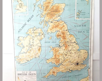 Vintage School Roll Down Map of the British Isles