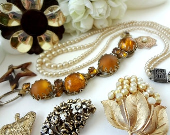 Vintage Jewelry Pieces for Assemblage / Brooch Bouquet Filler / Altered Art Pieces / Neutral Browns Gold