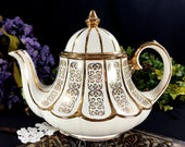 Marquee Sadler Gold on Antique White Tea Pot, Vintage Carousel Shaped Sadler Teapot 12881