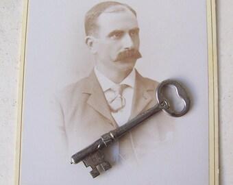 Vintage Skeleton Key Victorian Key Pendant Gothic Key Vintage 1920s