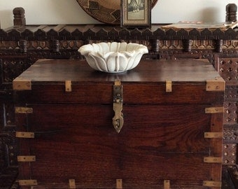 Campaign Chest / India Antique / Rosewood /Shipping included in the U.S.