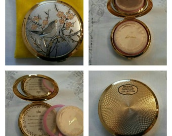 ON SALE- Signed Chokin Art of Japan Compact By Lovely Featuring A Bird Perching On A Branch circa 1970's-  DR187