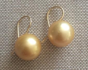 Golden South Sea Pearl Earrings - 18k