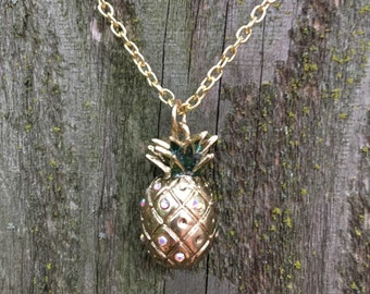 Gorgeous gold pineapple necklace