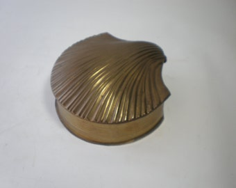 Vintage Brass Shell Jewelry or Trinket Box Brass Accent