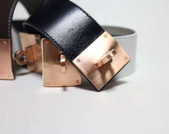 Leather Wrap Bracelet with Brushed Rose Gold Plated Square Closure Ornament(Black)
