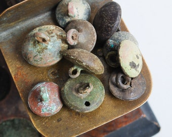 Set of 10 Antique metal buttons, original dark patina