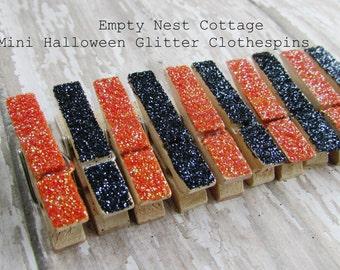 Halloween Black and Orange Mini Clothespins, Set of 10, Wedding Decor. Party Decor, Black and Orange Party Theme, Twinkle Twinkle
