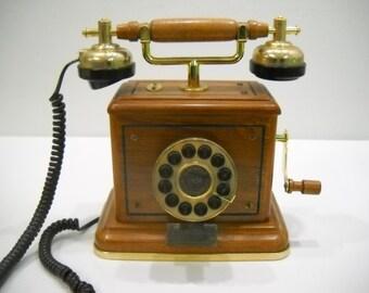 Vintage Thomas Collectors Edition Wood Desk Table Phone 1994