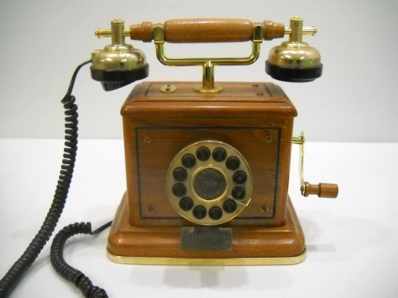 Vintage thomas collectors edition wood desk table phone