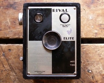 "Vintage Rival Elite ""120"" Box Camera"