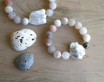 The Karmelita. large pearl and druzy agate bracelet with pyrite and sterling silver. pale peach, gray and cream tones.