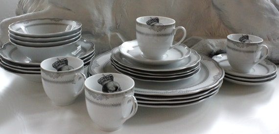 & RESERVED for Kirstyn - 24-Piece Rose Skull Dinnerware Set