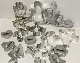 Cookie Cutters For All Seasons set of 18