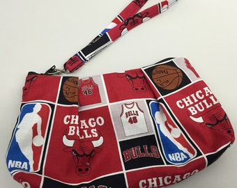 Chicago Bulls Double Pleated Wristlet