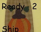 Primitive Tea Towel with Pumpkin - Fall Home Decor - Hand Appliqued - Door Hanging - Autumn Wall Hanging