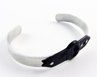 Buckle Bracelet (Black Adjustable Bracelet Cuff In Trendy, Modern, Edgy Style for Teen or Tween)