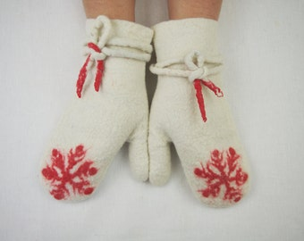Felted Mittens Wool White Red