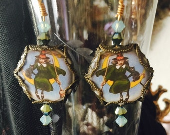 Witchy Woman - Victorian WITCH  Dangle EARRINGs -  Crescent MOON Jewelry