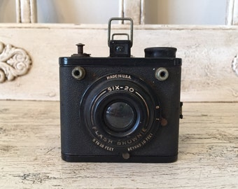 Vintage Flash Brownie Camera - Fun for Prop or Decor - Retro Camera
