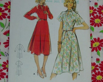 Vintage Pattern c.1970's Butterick No.5416 Dress, Size 12, Uncut