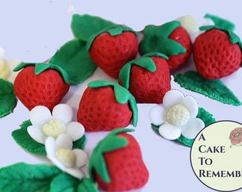 6 Gumpaste strawberries for 1st birthday party ideas, edible cake and cupcake decorations. Good for spring wedding cakes, bridal shower idea