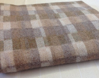 Lights and Neutrals Mix, Textured Wool Fabric for Rug Hooking and Appliqué, 1 Yd, 1/2 Yd, or 1/4 Yd, W148, Tan, Cream, Taupe, Gray, Natural
