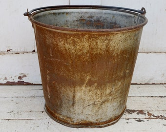 Heavy Duty Rusty Metal Bucket Pail Rustic Primitive Farm Ranch Garden Planter Repurpose Upcycle