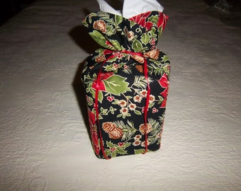 Black and Green Holly Christmas Tissue Box Cover