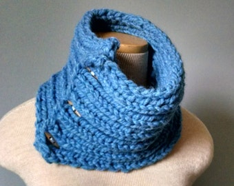 Chunky Sky Blue Cowl / Toggle Buttons / Autumn Winter Style