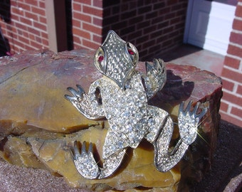 Vintage Brooch with Rhinestones on Textured Silver Tone Alien Frog Brooch