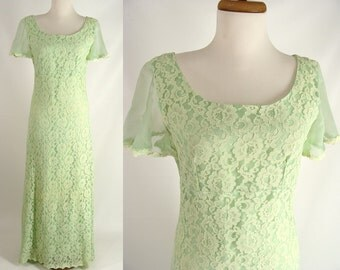 As-Is. vintage 70s Lime Green Bridesmaid Dress. Lace Prom Gown or Customizable Zombie Costume. OPTIONAL BLOOD Tatters & Grunge. size S 3 4 5