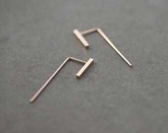 Minimalist ear jacket in Silver or Vermeil Rose Gold 18k // Gold rose ear jacket // bar ear jacket // Modern minimal earrings // SM011