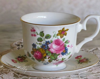 Pretty English ROSES TEACUP And SAUCER, Lionheart, England, Bone China, Shabby Chic