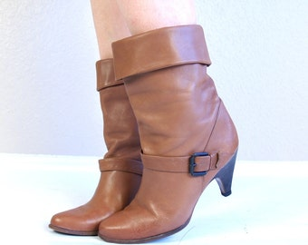 vtg 70s NUTMEG brown Cuff BOHO BOOTS heels 9 buckle leather harness cowboy ankle hippie preppy boho shoes